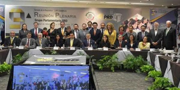 Reunión plenaria grupo parlamentario PRD