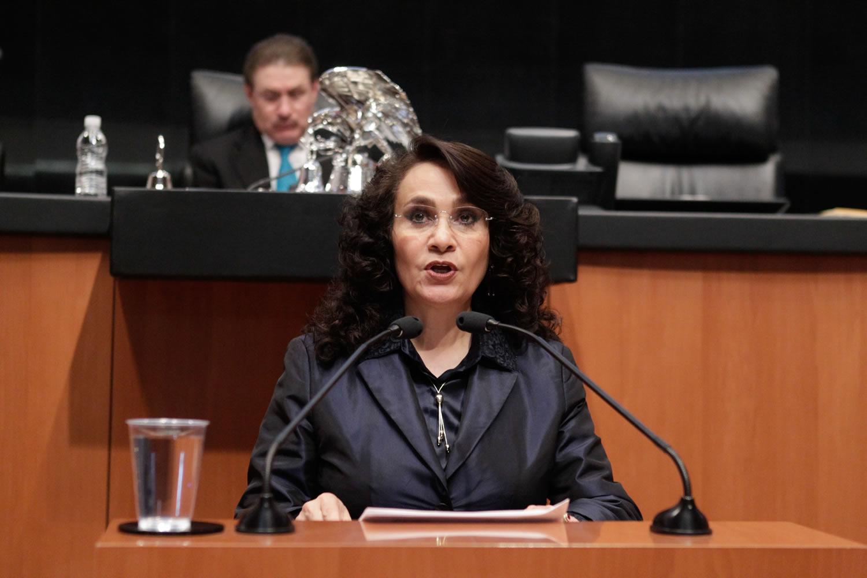 Padierna Luna afirmó que la licitación es contraria a la Nueva Estrategia 2017 del Plan Quinquenal de Licitaciones para la Exploración y Extracción de Hidrocarburos 2015-2019