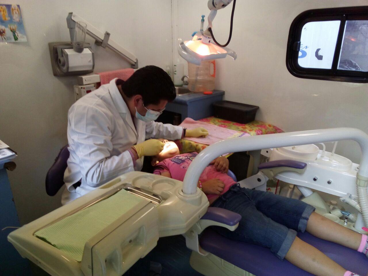 Cuando el niño llegue a la adolescencia, es posible que se necesiten correctores dentales o extracciones para prevenir problemas a largo plazo